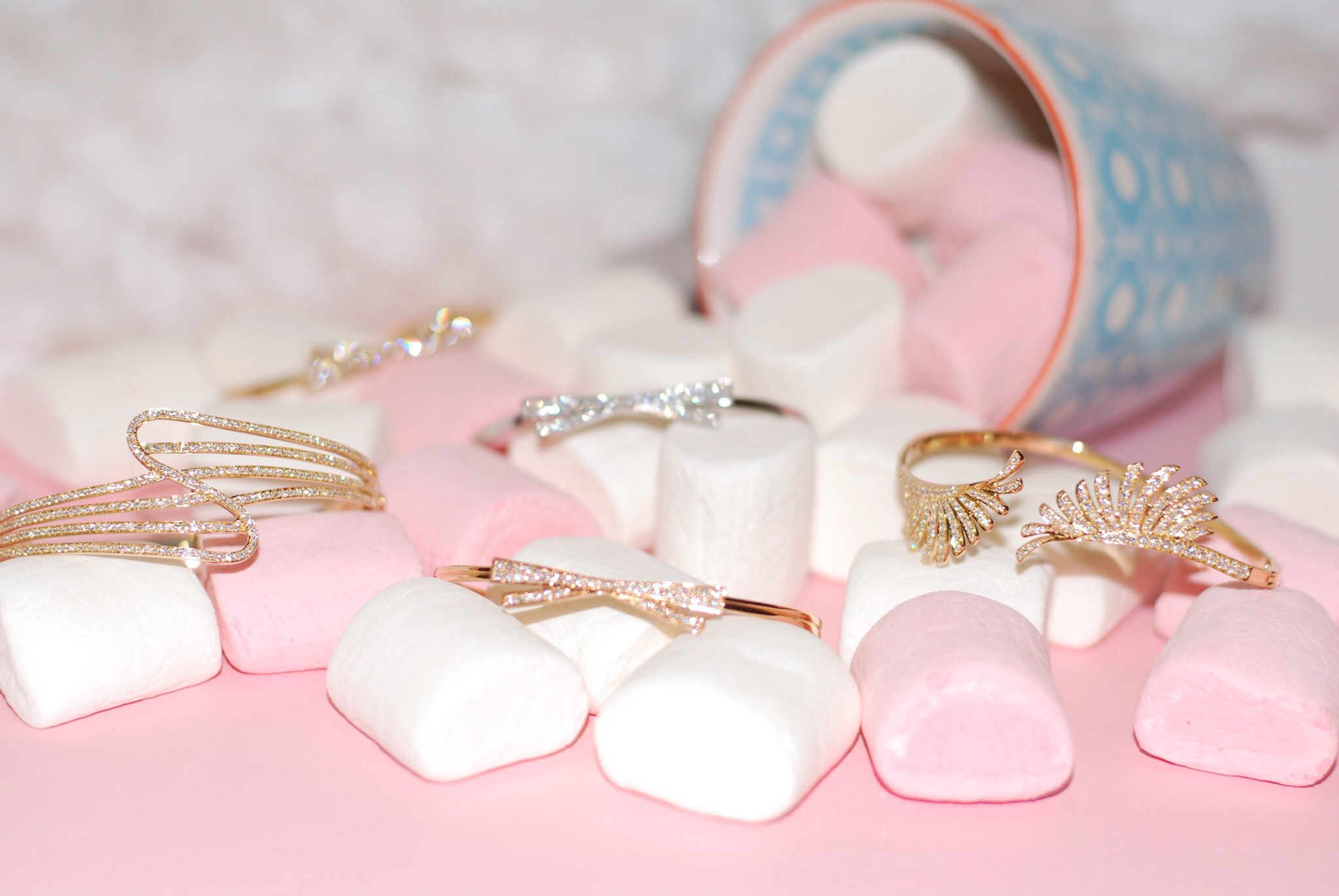 Hueb Jewelry - A brazilian brand famous for its delicate and feminine jewelry - www.bonjourchiara.com