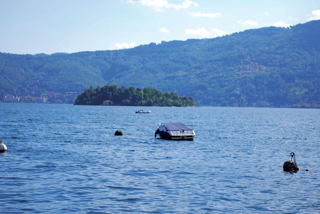 Bonjour Chiara Travels // Lago Maggiore, Italy - www.bonjourchiara.com