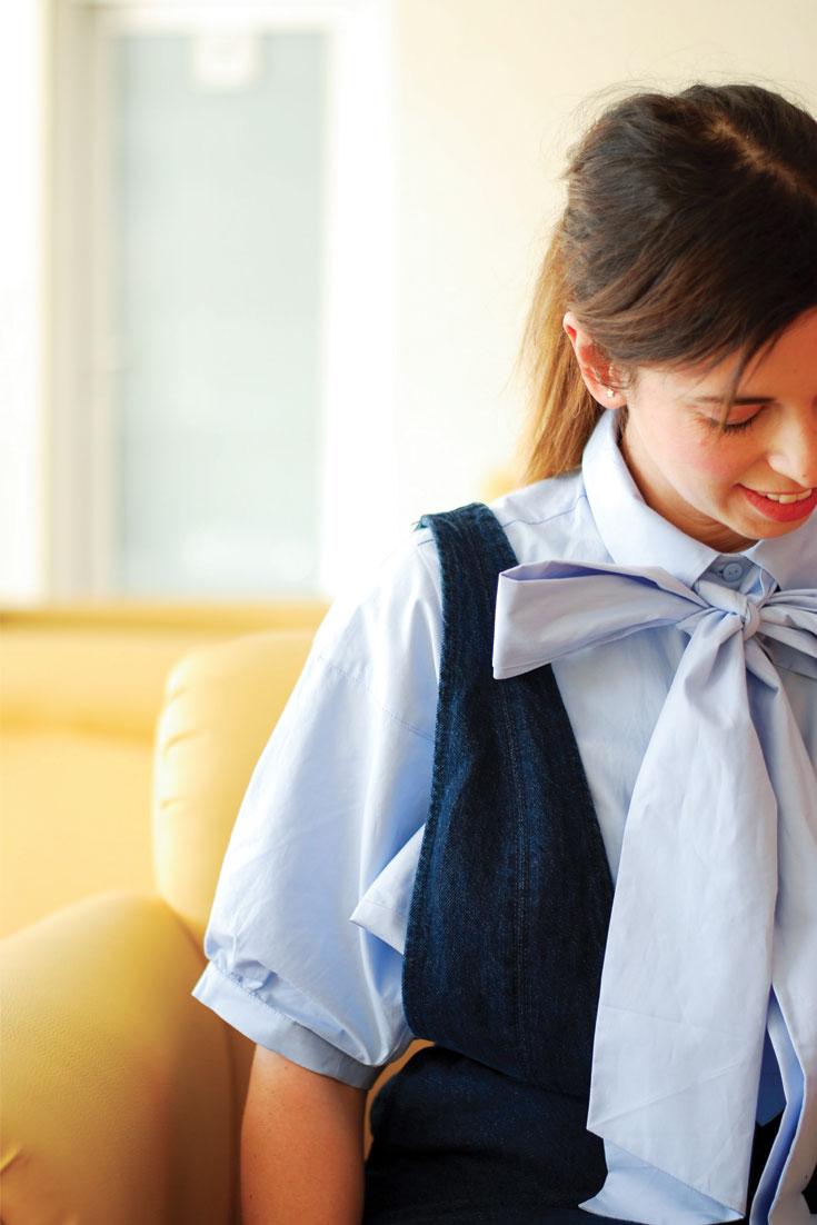 Bonjour Chiara Wears // H&M Maxi Bow Shirt + Jasmine Elizabeth Flat Shoes - www.bonjourchiara.com