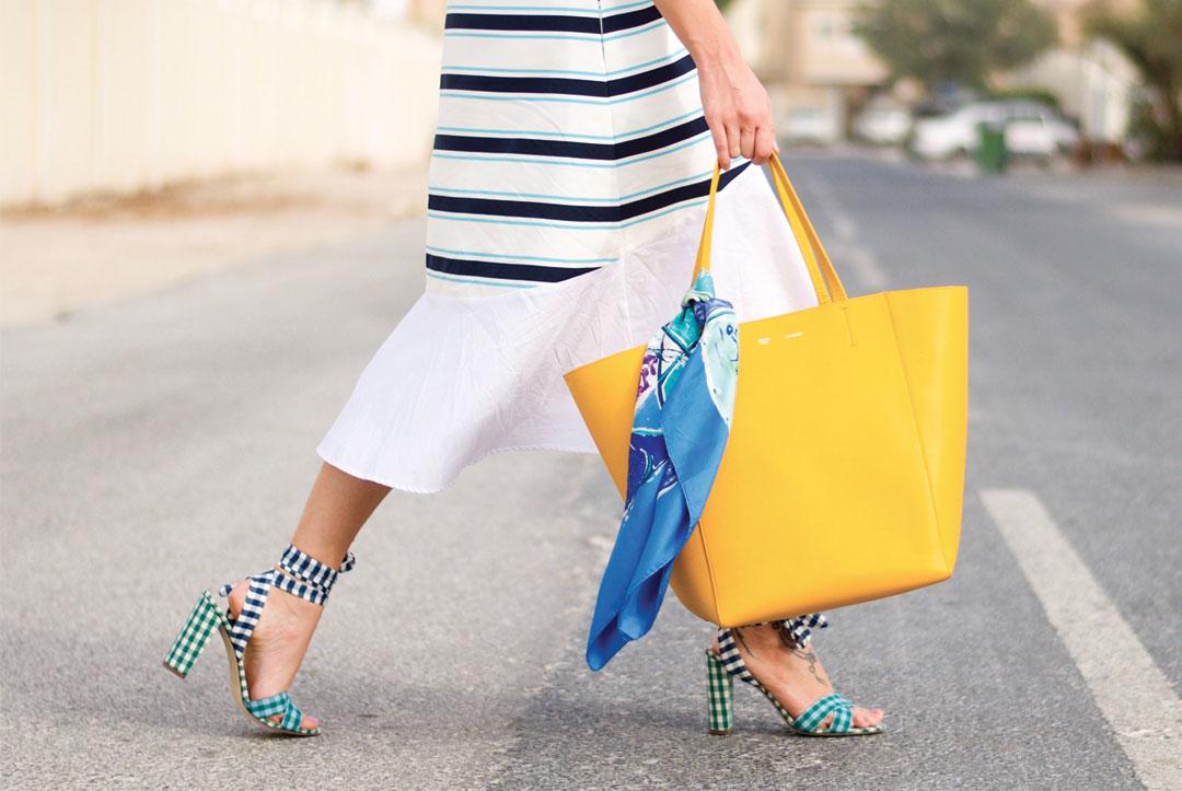 Bonjour Chiara Style // Celine Cabas Panthome Tote Bag + Gingham Heels - www.bonjourchiara.com