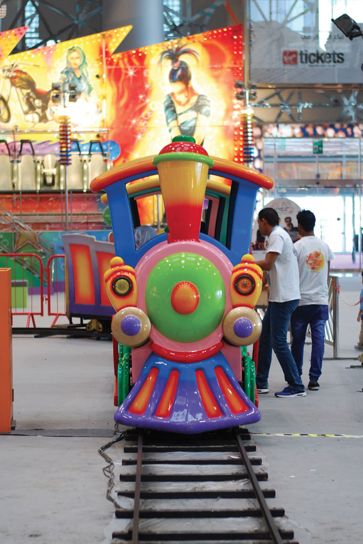 Colour Your Summer // What To Do In Doha On Weekends: The Entertainment City - www.bonjourchiara.com