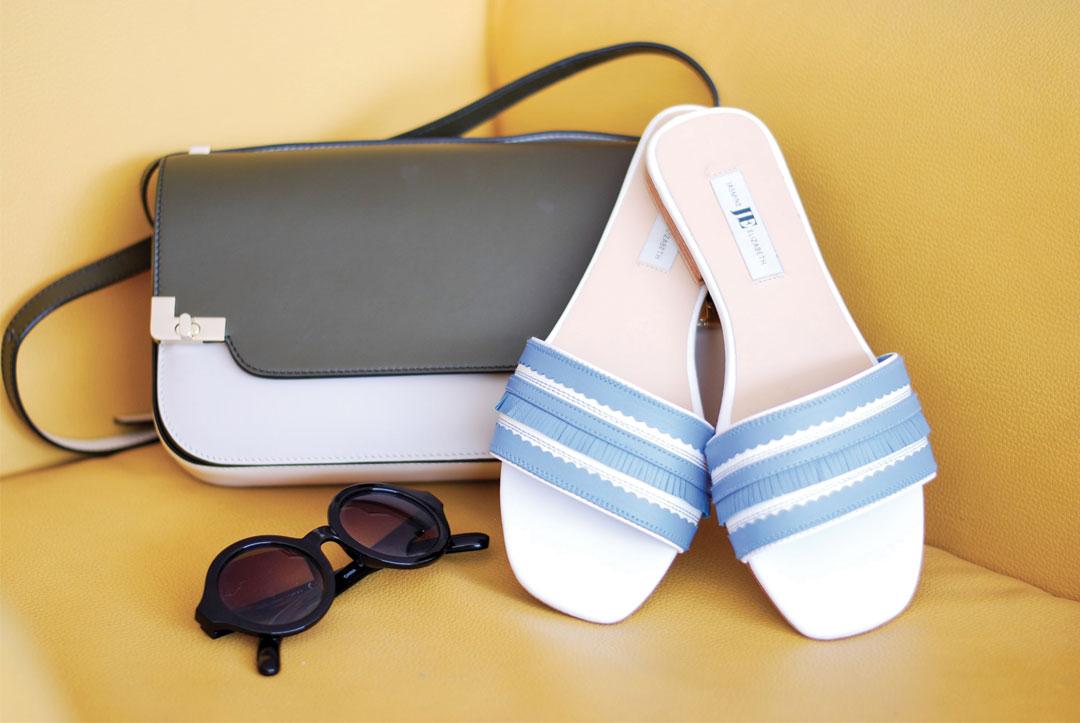 Bonjour Chiara Wears // Jasmine Elizabeth Flat Shoes - www.bonjourchiara.com