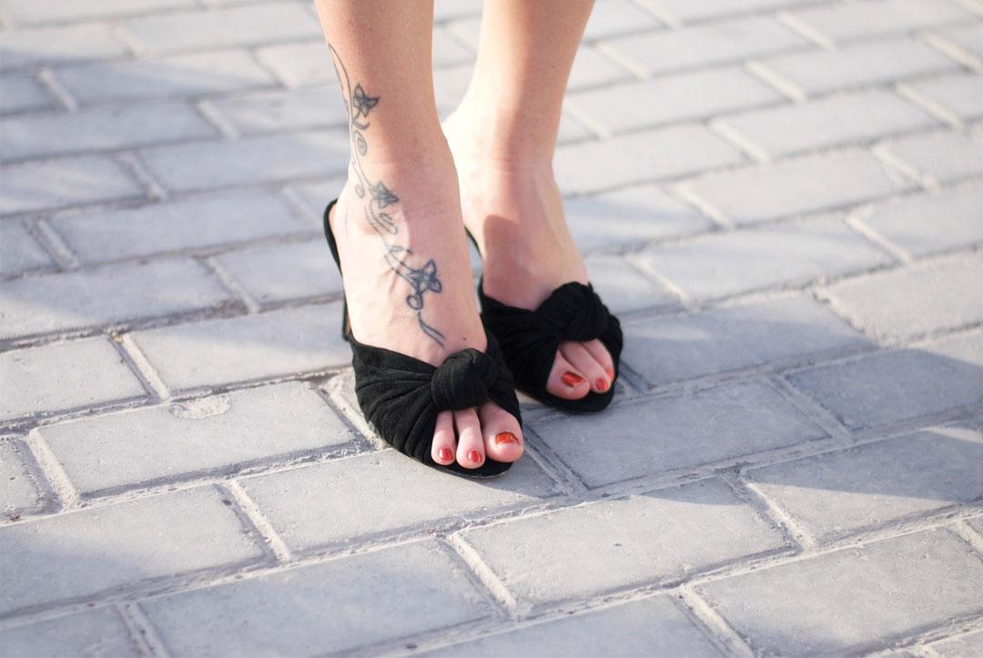 Bonjour Chiara Wears // Jasmine Elizabeth Shoes - www.bonjourchiara.com