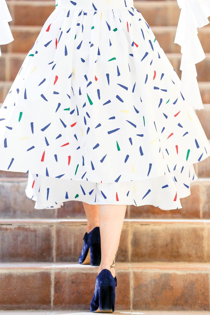 Bonjour Chiara Wears // Ruffle sleeves + velvet Mary Jane shoes