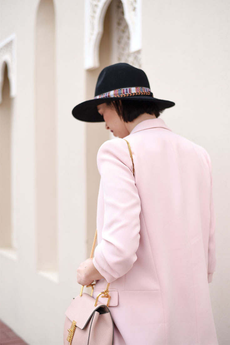 Bonjour Chiara Wears // Zara oversized powder pink jacket - www.bonjourchiara.com