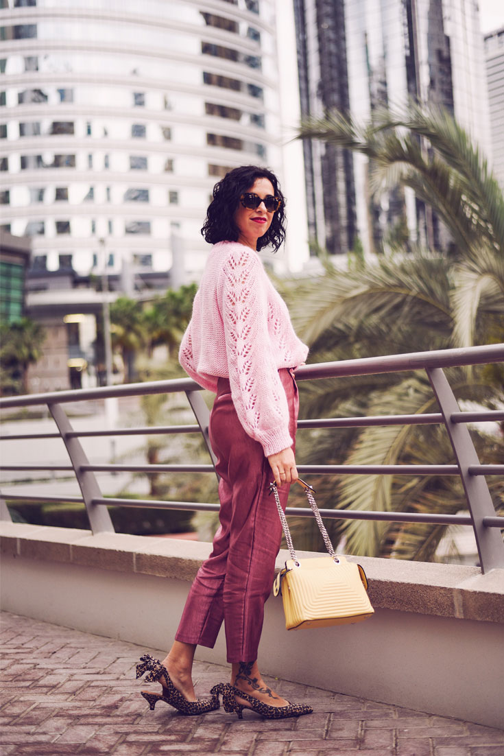 PINK LUREX HIGH WAIST PANTS - FENDI DOT COM BAG - PRADA SUNGLASSES - GANNI SHOES #ganni #lurex #pink #ootd
