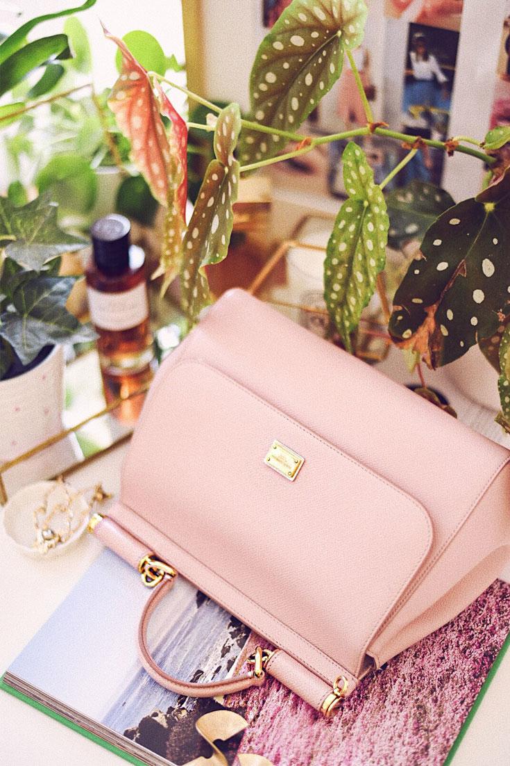 3 REASONS TO BUY PRELOVED BAGS / DOLCE & GABBANA SICILY BAG #pinkbag #dolcegabbana