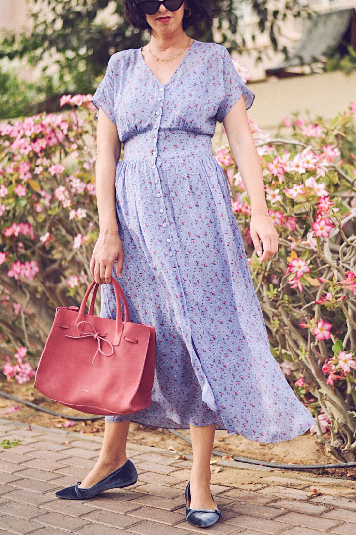 Lilac is the new black - AND OTHER STORIES DRESS - MANSUR GAVRIEL SUN BAG #summerdress #floralmaxidress