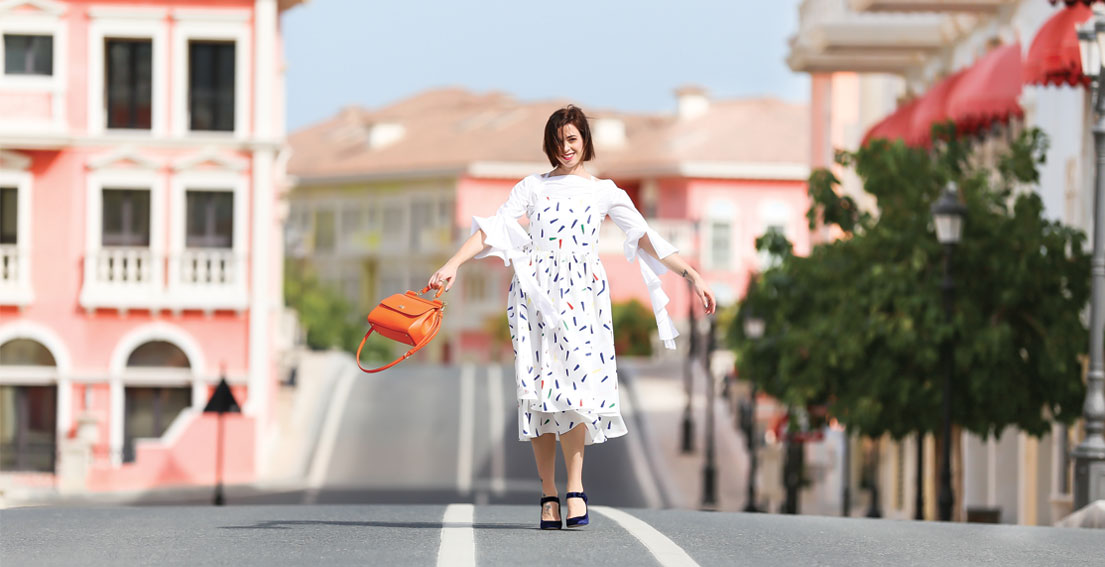 Bonjour Chiara Wears // Ruffle sleeves + velvet Mary Jane shoes