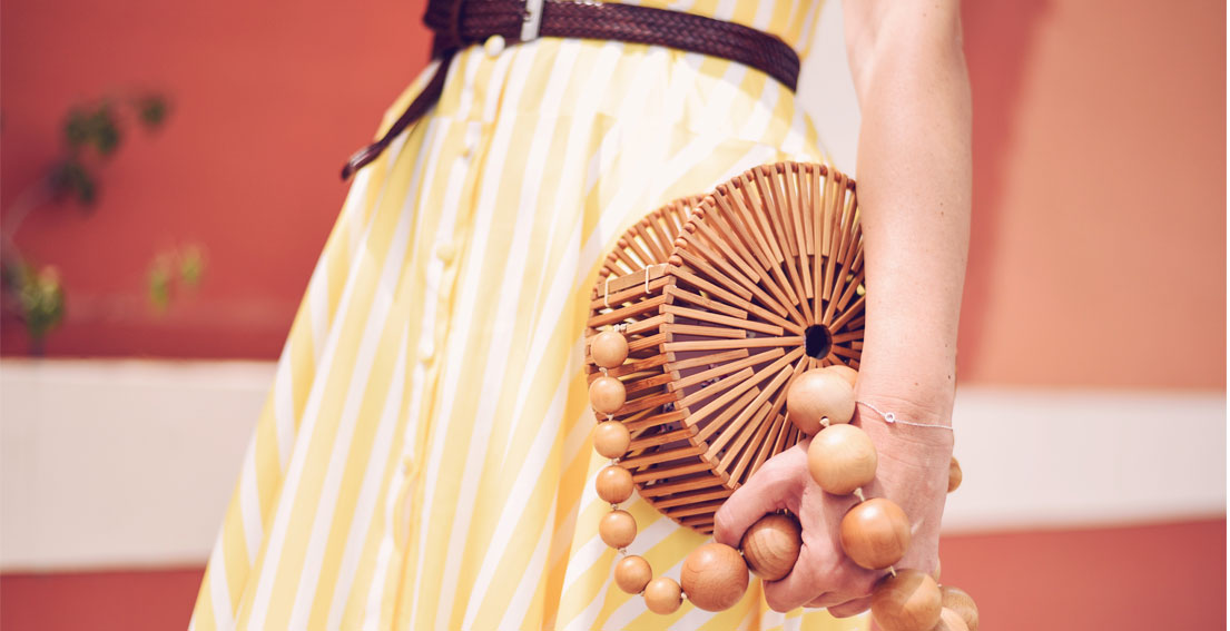 The prettiest vintage inspired dress for Spring - #CULTGAIA LUNA BAG